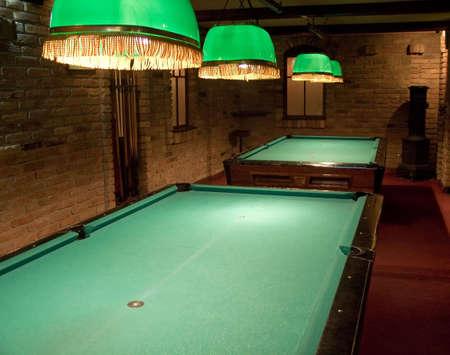 snooker room: Tavoli da biliardo Archivio Fotografico