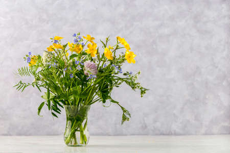 Image with a bouquet.