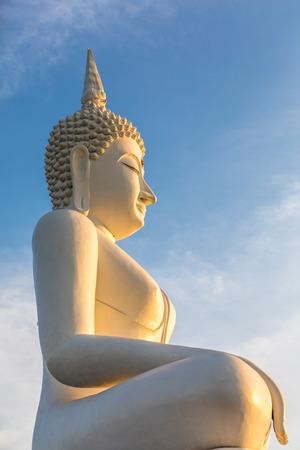 buddha statue building in Thailand Reklamní fotografie - 123027454