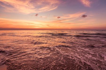 beautiful sunset in coastline of Thailand Reklamní fotografie - 123027458