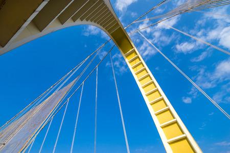 looking up at the bridge Reklamní fotografie - 123027756