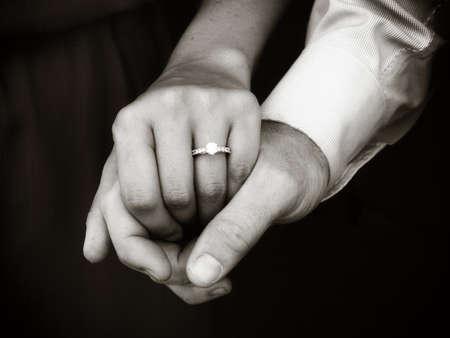 engaged couple Imagens