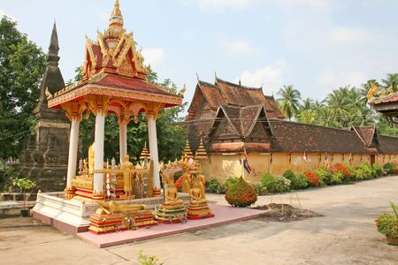si: A shrine in the grounds of Wat Si Saket in Vientiane, Laos Stock Photo