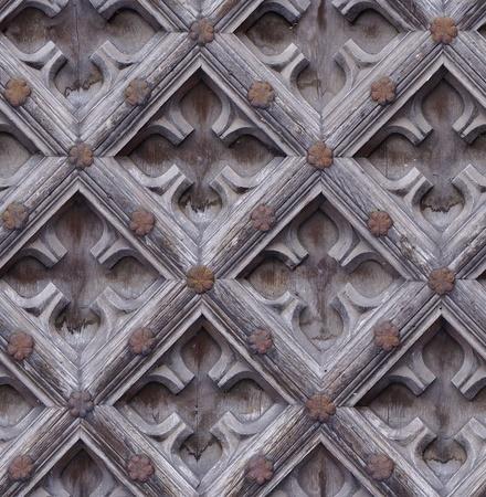 rusty nail: transparente resistido tallado textura de puerta de madera con clavos oxidados