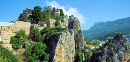 settle: Guadalest