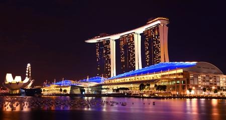 jachthaven: Singapore Marina Bay Sands By Night Stockfoto
