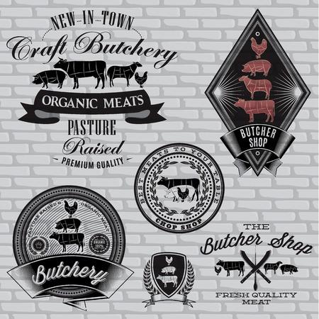 carnicer�a: conjunto de etiquetas de carnicero en una pared de ladrillo