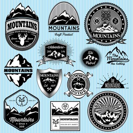 logotipo turismo: conjunto de plantillas de vectores para emblemas con diferentes montañas