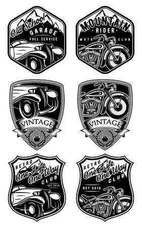 set van retro badges met auto's en motorfietsen op de achtergrond met bergen