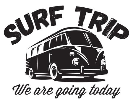 insigne de vecteur monochrome avec un bus pour se rendre à l'océan.
