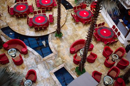 pool halls: Hotel lobby