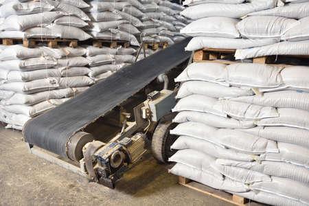 Conveyor belt for moving goods in a warehouse 版權商用圖片