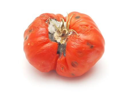 basura organica: tomate podrido