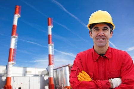 central el�ctrica: Trabajador industrial en planta de energ�a Foto de archivo