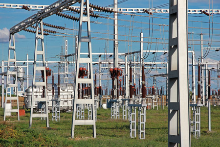 isolator high voltage: Industrial high-voltage substation power transformer