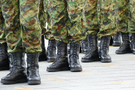 Army, soldiers standing in line 版權商用圖片
