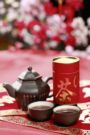 Chinese teapot and chinese teacups photo