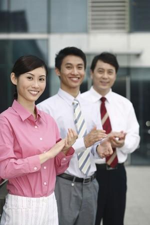 manos aplaudiendo: Gente de negocios palmas manos