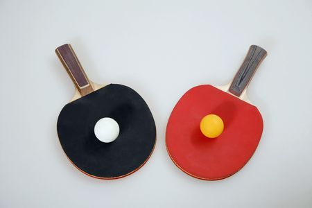 Table tennis bats and table tennis balls 版權商用圖片