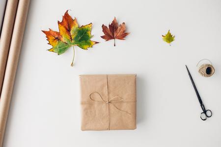 three leaf: Three leaf for present decorations