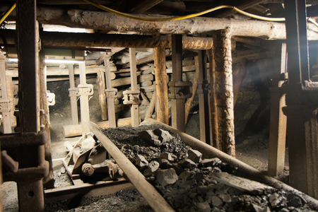 The coal mine underground tunnels.  Guido mining plant 免版税图像