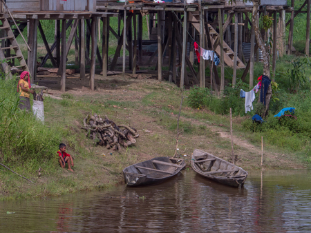 Pebas, Peru - December 04 , 2018:  View of village on the bank of the Amazon River. South America. Redactioneel