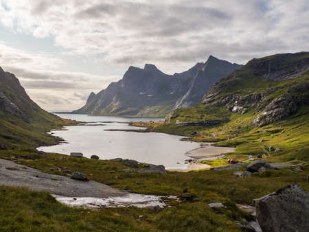 View on the Bunesfjorden, Lofoten, Norway 免版税图像