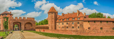 Vew for Teutonic Castle in Malbork (Marienburg) in Pomerania. Poland. Europe 新闻类图片