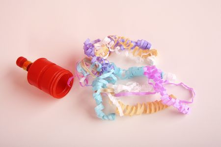 Part popper with colourful streamers photo