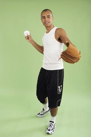 gant de baseball: Homme avec un gant de baseball et la balle Banque d'images