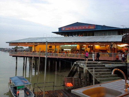 dinnertime: Seafood restaurant in a fishing village