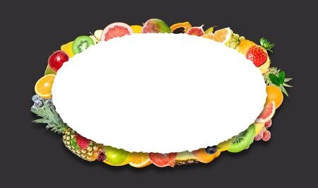 Creative photo of many different exotic tropical bright fruits with shadows on a black background and an isolated white oval with beautiful jagged edges in the center for text. Bright summer fruit pattern. Stockfoto