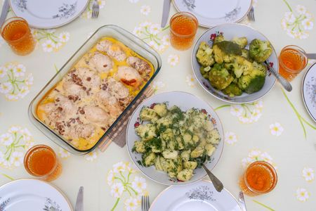 heatproof: View of the table in the dinner time Stock Photo