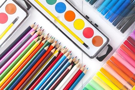 felt tip pen: School supplies