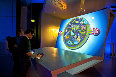 LONDRA, INGHILTERRA - 31 MAGGIO 2015: Science Museum di Londra Editoriali