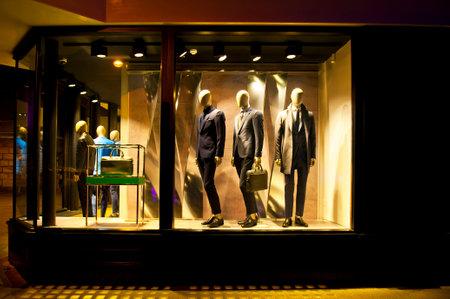 CAMBRIDGE, ENGLAND - FEBRUARY 16, 2016: Shop window with male fashion in Cambridge Editorial