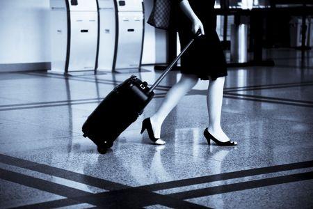 gente aeropuerto: el pasajero en el aeropuerto.  Editorial