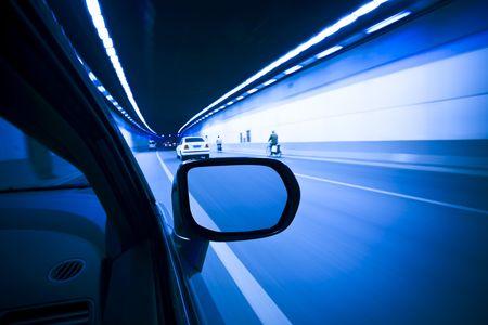 going in: Vista desde un car.speed en un t�nel dentro.