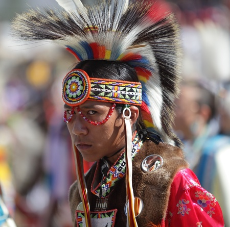 sioux: SAN BERNARDINO, CALIFORNIA - OCTOBER 13: The San Manuel Band of Indians hold their annual Pow Wow on October 13, 2012 in San Bernardino. Dances include the Grass, Chicken and Fancy dances.
