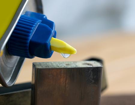 butane: refill a butane lighter