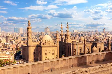 Blick auf die Moschee-Madrassa von Sultan Hassan, Kairo, Ägypten