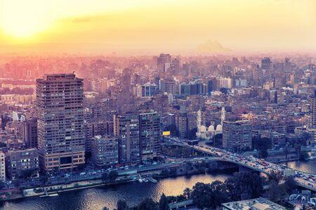 Gebäude von Kairo, der Hauptstadt Ägyptens.