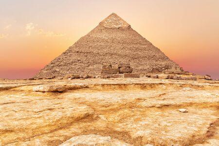 Beautiful Pyramid of Chephren at sunset, Giza Imagens - 128768726
