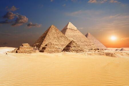 Famous Egyptian Pyramids of Giza, beautiful view. Imagens