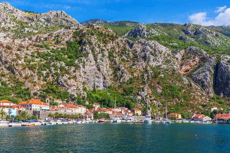Adriatic coast in the Bay of Kotor, Montenegro. Imagens