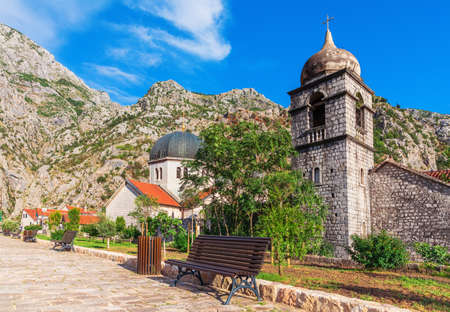 Church of St. Nicholas at the bottom of a mountain in Kotor, Montenegro. Imagens
