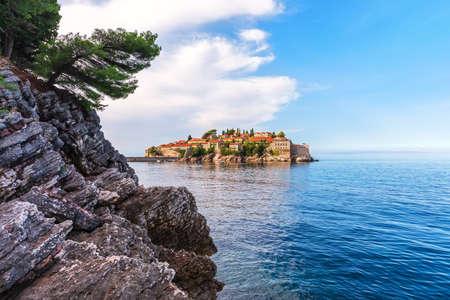 View on Sveti Stefan islet from the rock, Budva riviera, Montenegro. Imagens