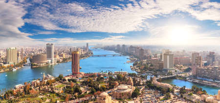 Skyline over the Nile in Cairo, aerial view, Egypt 免版税图像