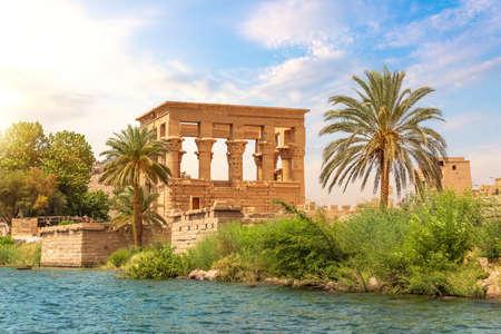 Philae island in the Nile and Trajans Kiosk, Aswan, Egypt 免版税图像