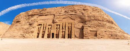 Nefertiti Temple panorama, ancient city Abu Simbel, Egypt 版權商用圖片